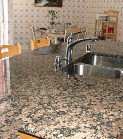 Mặt Bàn Bếp Đá Nâu Phần Lan
