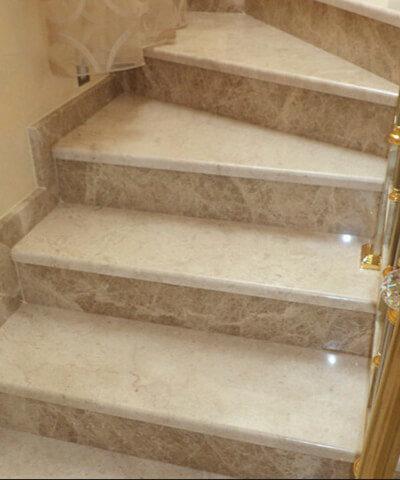Cầu thang đá cẩm thạch Light Emperador